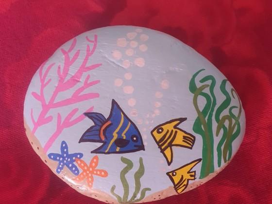 Aquarium auf Stein gemalt